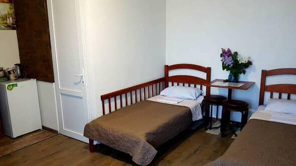 номер «Скандинавский стиль 2»-(QDPL) - четырехместный номер - Guest House Shafran территория отдыха и комфорта