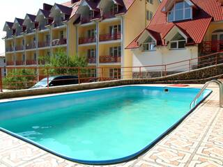 Лучшее предложение на сайте sunnyresort.com.ua на оздоровление в санатории «Солнечный» (Поляна)