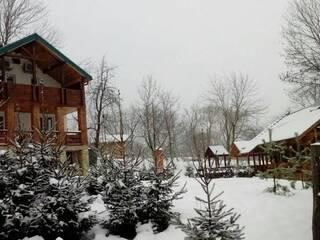 Зимові канікули в гостинній садибі «Родинне гніздо» в селі Гармаки, Вінницька область