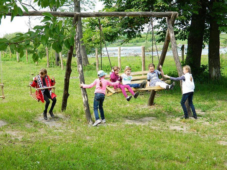Відпочинок в гостинній садибі «Родинне гніздо» в селі Канава, Вінницька область - це маса приємних вражень.