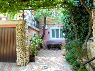 Частный сектор Четырехкомнатный двухэтажный дом в Феодосии. Феодосия, АР Крым