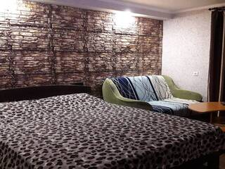 Гостиница Семейный отдых в Святогорске Святогорск, Донецкая область
