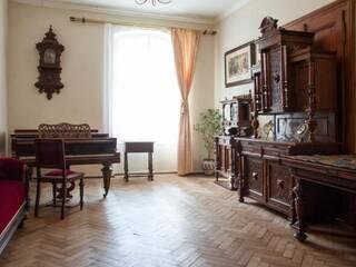 Четырехкомнатные уникальные апартаменты в самом сердце Львова