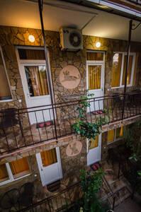 Мини-гостиница Гостевой дом «Рыжий кот» Алушта