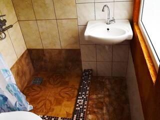 душ, туалет в комнате комфорт