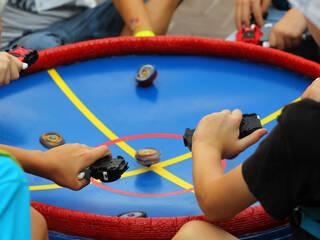 Впервые в детском лагере! Соревнования по игре BeyBlade!