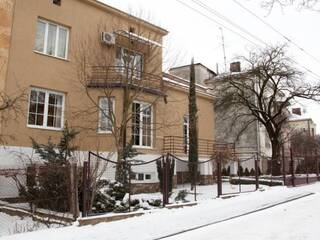 """Мини-гостиница Находится в парковой зоне """"Погулянка"""" Львов, Львовская область"""
