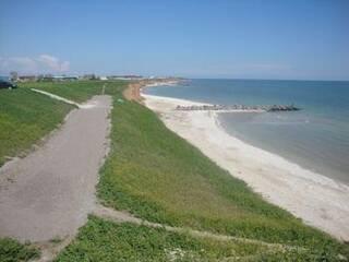 Наш пляж, к нему идти не более 3-х минут.