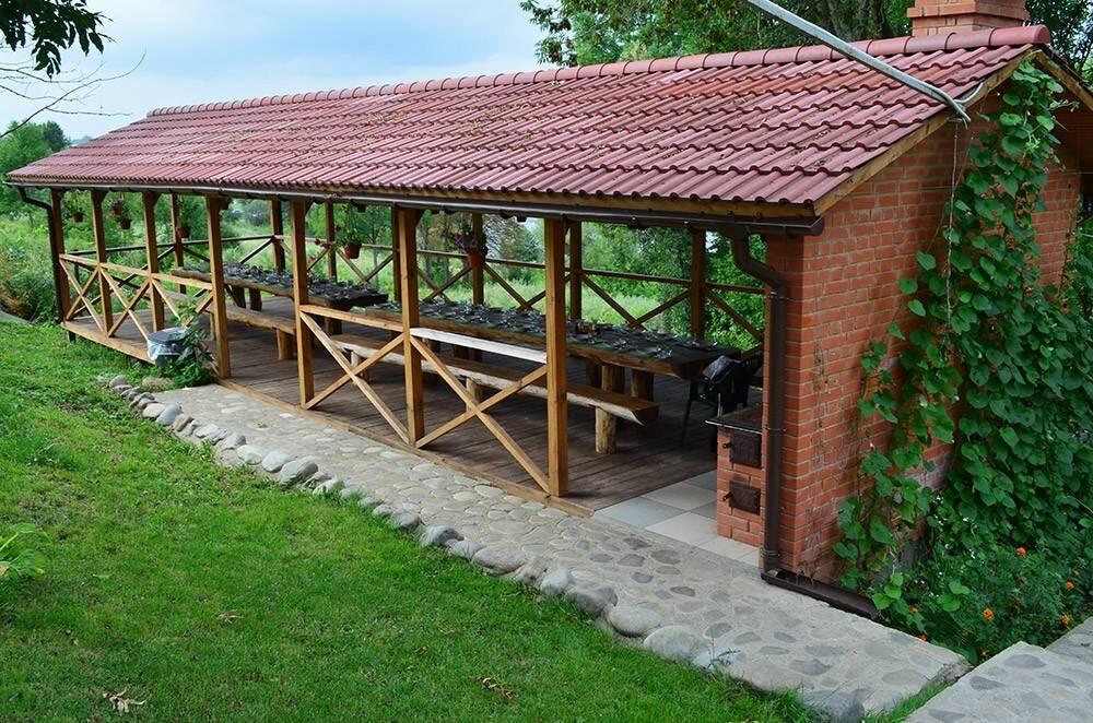 Бронюйте номери в гостинній садибі «Родинне гніздо».