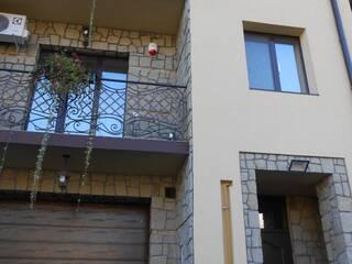 Мини-гостиница Просторный новопостроенный пятикомнатный трехэтажный коттедж Львов, Львовская область