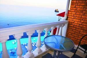 Мини-гостиница Над морем Утес