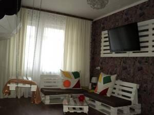 Квартира Однокомнатная с дизайнерским оригинальным ремонтом посуточно, WiFi Белая Церковь