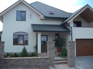 Квартира Очаровательный трехэтажный дом в спокойных пастельных тонах Львов, Львовская область