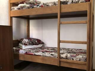 Кровать в общей 4-х местной спальне для мужчин