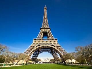 Летим в Париж летом