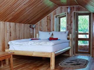 """Відпочинок з комфортом в гостинній садибі """"Родинне гніздо""""."""