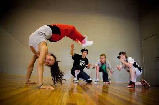 Танцювальний табір у Карпатах