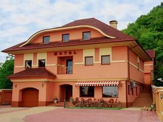 Гостиница Магнат Мукачево, Закарпатская область