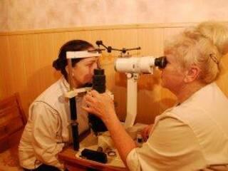 Офтальмоскопія - огляд очного дна лікарем санаторію