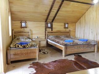 Ласкаво просимо в гостинну садибу «Родинне гніздо» в селі Губник, Вінницька область.