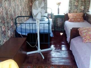Дачный домик (1)  3х местная комната