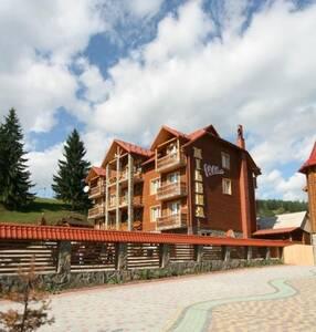 Гостиница Villa Milena Буковель (Поляница)