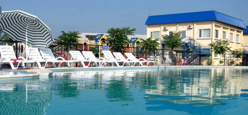 Чем удобна гостиница с бассейном