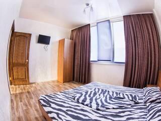Номер VIP 2- комнатный + кухня-студия