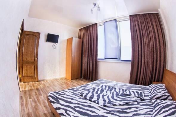 Номер VIP 2- комнатный + кухня-студия - Пальма