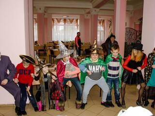 """Детский лагерь в Ворзеле """"Клуб Успешных Детей"""" (067)966-69-96 ➡ http://goo.gl/forms/llkoK0RWfT ↩  #детскийлагерьВорзель  #детскийлагерьсанглийским  #актерскоемастерство  #психологияребенка  #путевкивлагерь  #детскийлагерь201"""