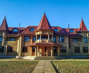 База отдыха Загородный комплекс Fort Pirnov Park Пирново