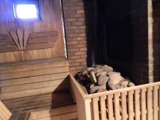 Гостинна садиба «Родинне гніздо» в селі Губник, Вінницька область запрошує відпочити в російській лазні на дровах.