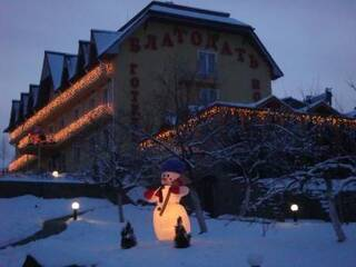 Зимние праздники в Карпатах!