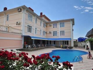 Гостиница В гостях у Есаула Судак, АР Крым