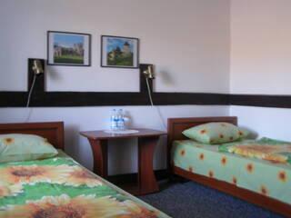 раздельный  - номер с раздельными спальными местами и всеми удобствами