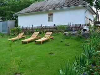 Гостинна садиба «Родинне гніздо» - це відмінне місце для відпочинку всією сім'єю або навіть усамітнення для двох.