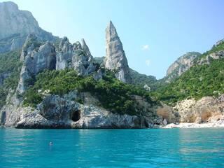 Когда лететь отдыхать на Сардинию