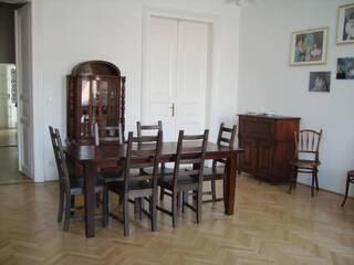 Квартира Четырехкомнатная квартира с роялем Львов, Львовская область
