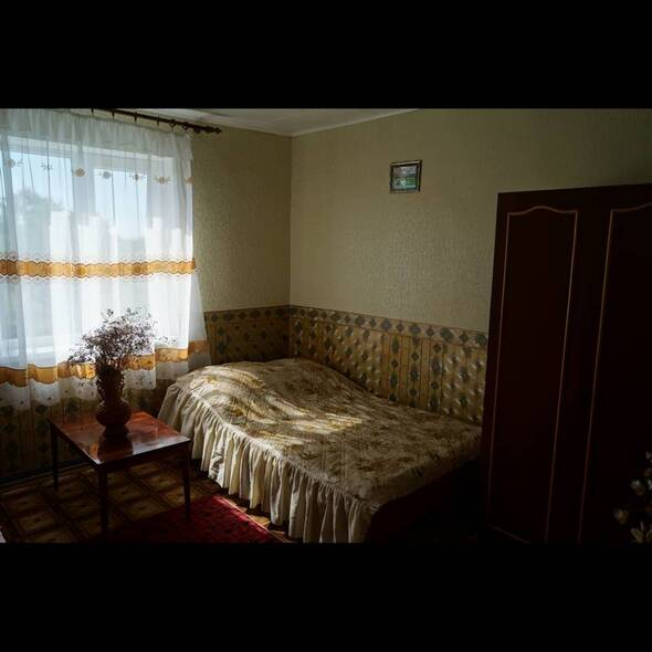 комната (удобства на этаже) - У Виталия