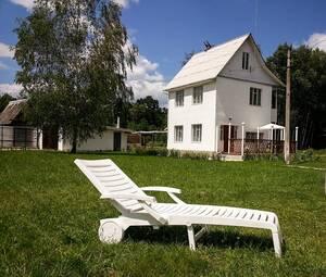 Мини-гостиница вілла Валентина в подобову оренду для сімейного відпочинку на природі Полісся. Дениши