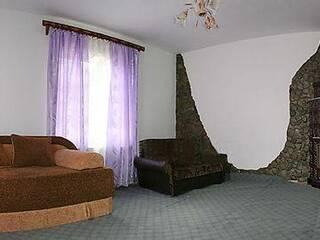 Мини-гостиница Гуцулочка Верхний Ясенов, Ивано-Франковская область