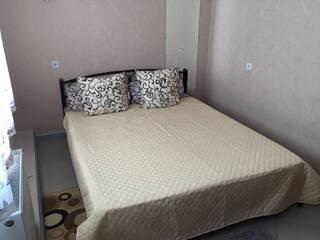 Двухместный стандарт двухспальная кровать
