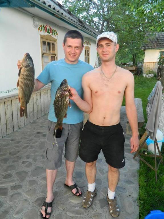 Гостинна садиба «Родинне гніздо» в селі Канава, Вінницька область запрошує на рибалку на річці Південний Буг.